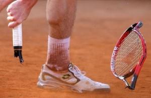 broken_racquet_2011_2